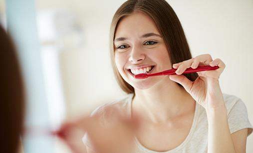 Cara Mudah Menjaga Kebersihan & Kesehatan Mulut & Gigi